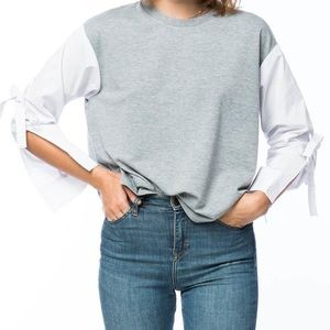 Grey shirt with bow